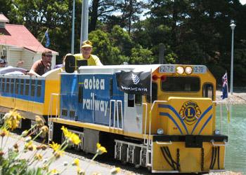 aotea-lagoon-train